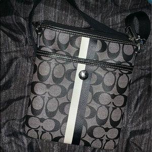 Coach purse 💙🖤